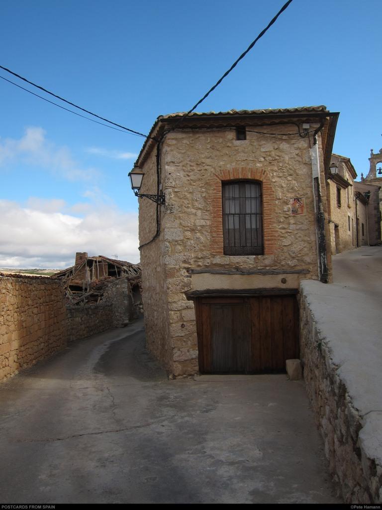 Casa Rural de MADERUELO 1